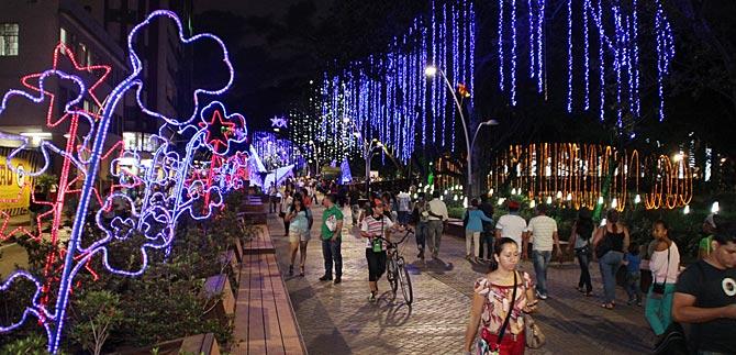 Más de siete mil millones de pesos costará alumbrado navideño en Cali