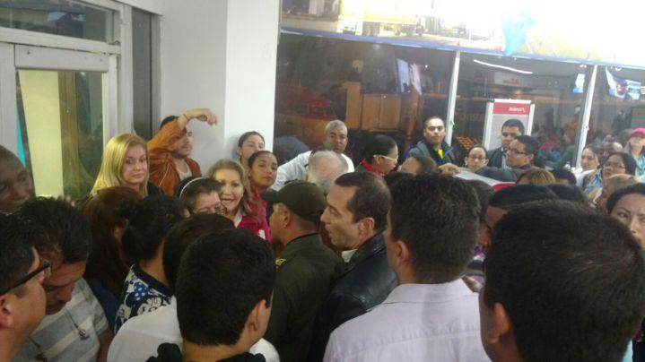 Colapsa nuevamente el aeropuerto Alfonso Bonilla Aragón