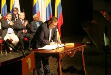 """""""Timochenko"""" pide que nadie se quede fuera del acuerdo de paz"""