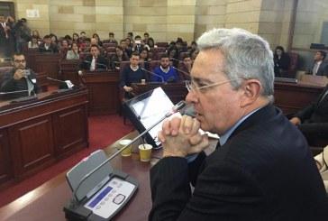 ¿Qué implicaciones políticas tiene la decisión contra Álvaro Uribe Vélez?