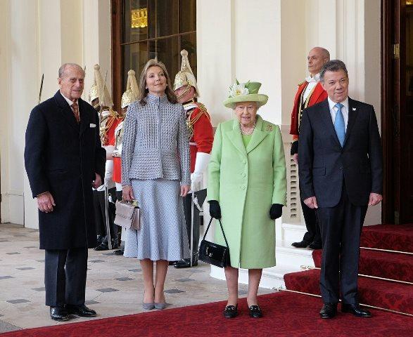 Santos visita el Reino Unido para fortalecer la inversión extranjera