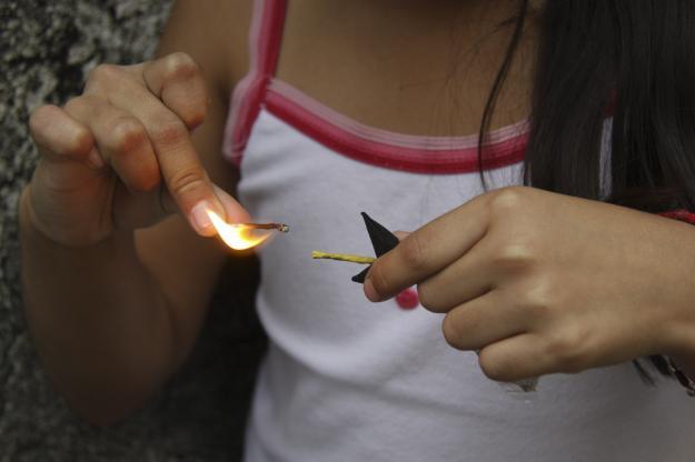 Ascienden a 41 los quemados por pólvora en el Valle