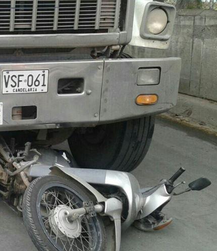 Muere mujer motociclista en accidente de tránsito en el nororiente de Cali