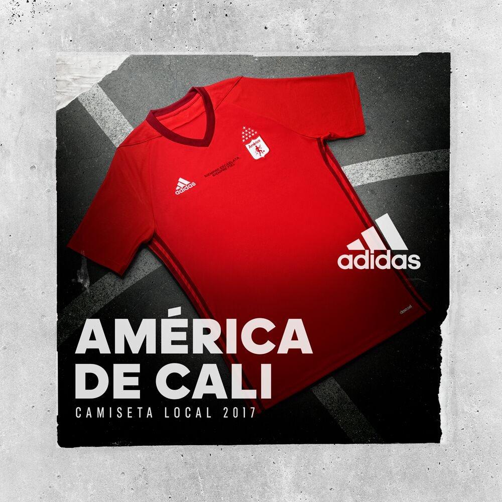 América dio a conocer la camiseta con la que disputarán el 2017