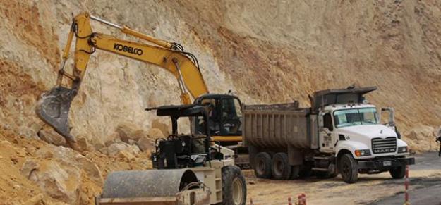 Suspenden obras de la doble calzada entre Buga-Buenaventura