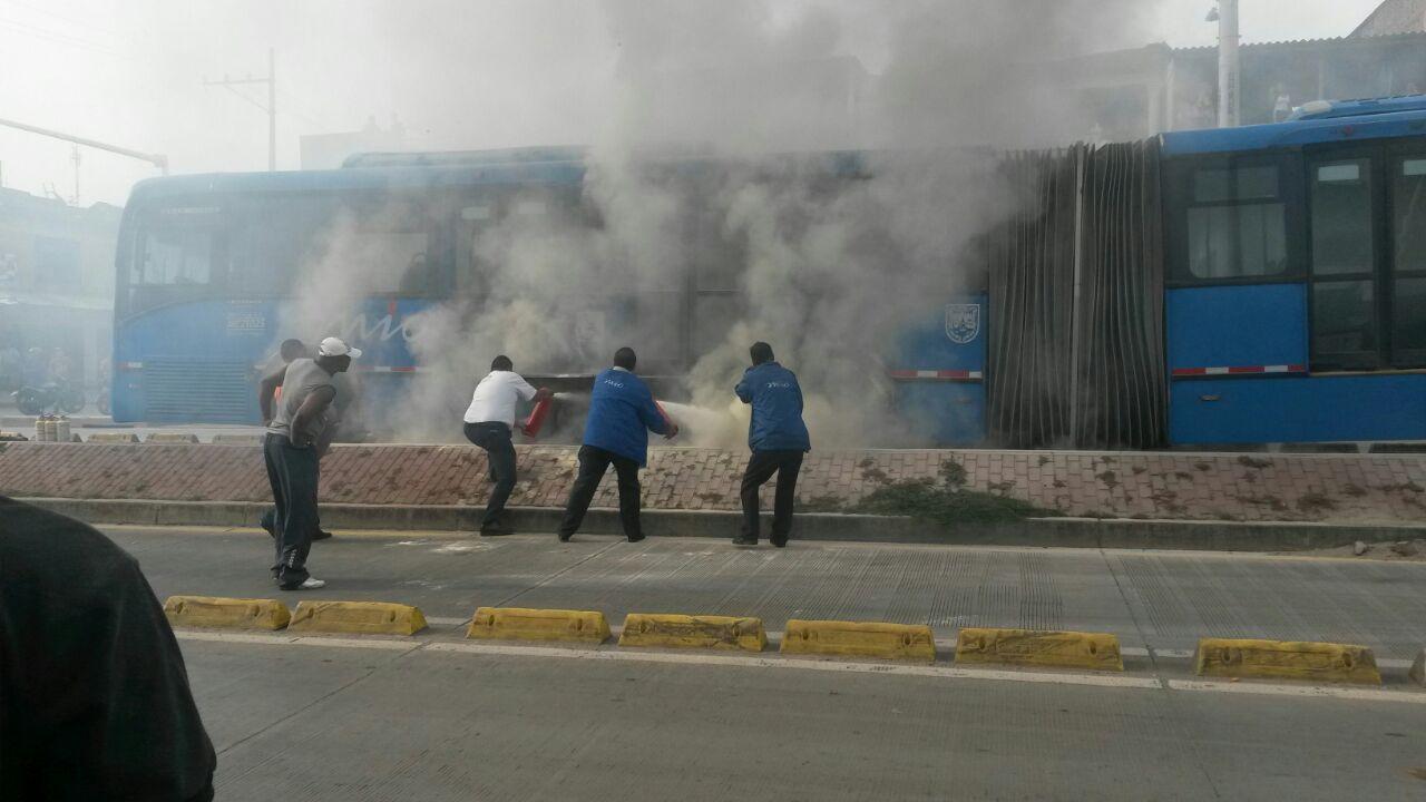 Conato de incendio en bus del Mío no dejó personas lesionadas