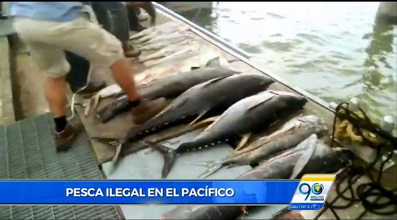 Interceptan embarcación de pesca ilegal en el Pacífico