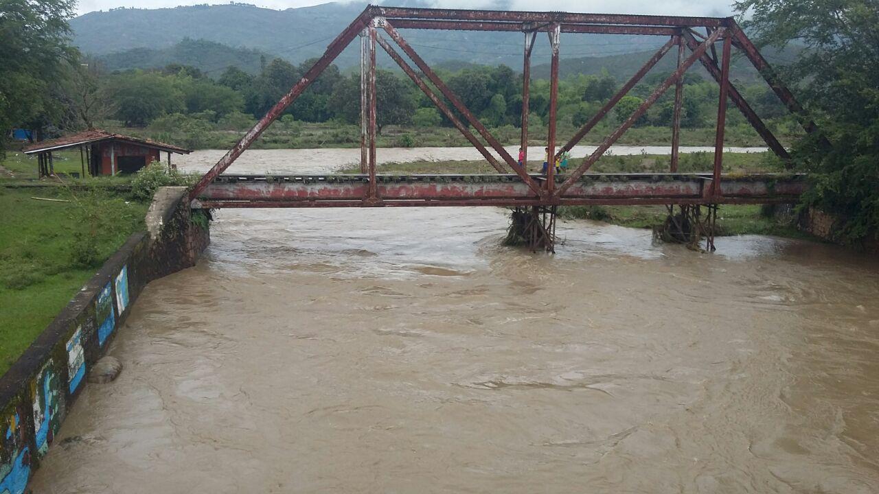 Emergencia por desbordamiento del río Timba