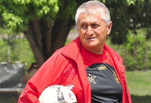 Vallecaucano Eduardo Lara nuevo técnico de selección de El Salvador