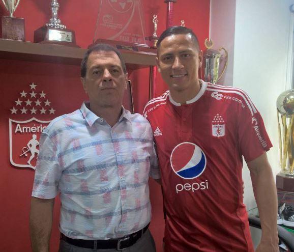 Anderson Zapata es el nuevo miembro de la familia 'Escarlata'