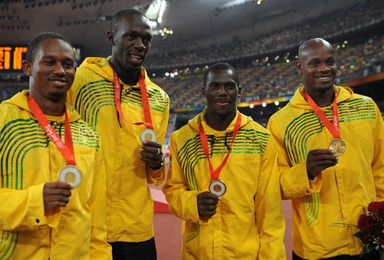 Bolt pierde un oro olímpico por descalificación del relevo de Pekín 2008