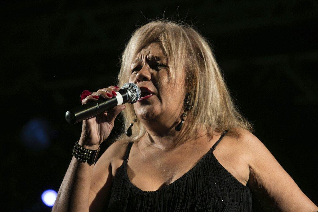 """cantante de """"La Lambada"""" muere carbonizada tras sufrir un robo"""