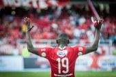 América de Cali confirmó la continuidad del delantero Cristian Martínez Borja