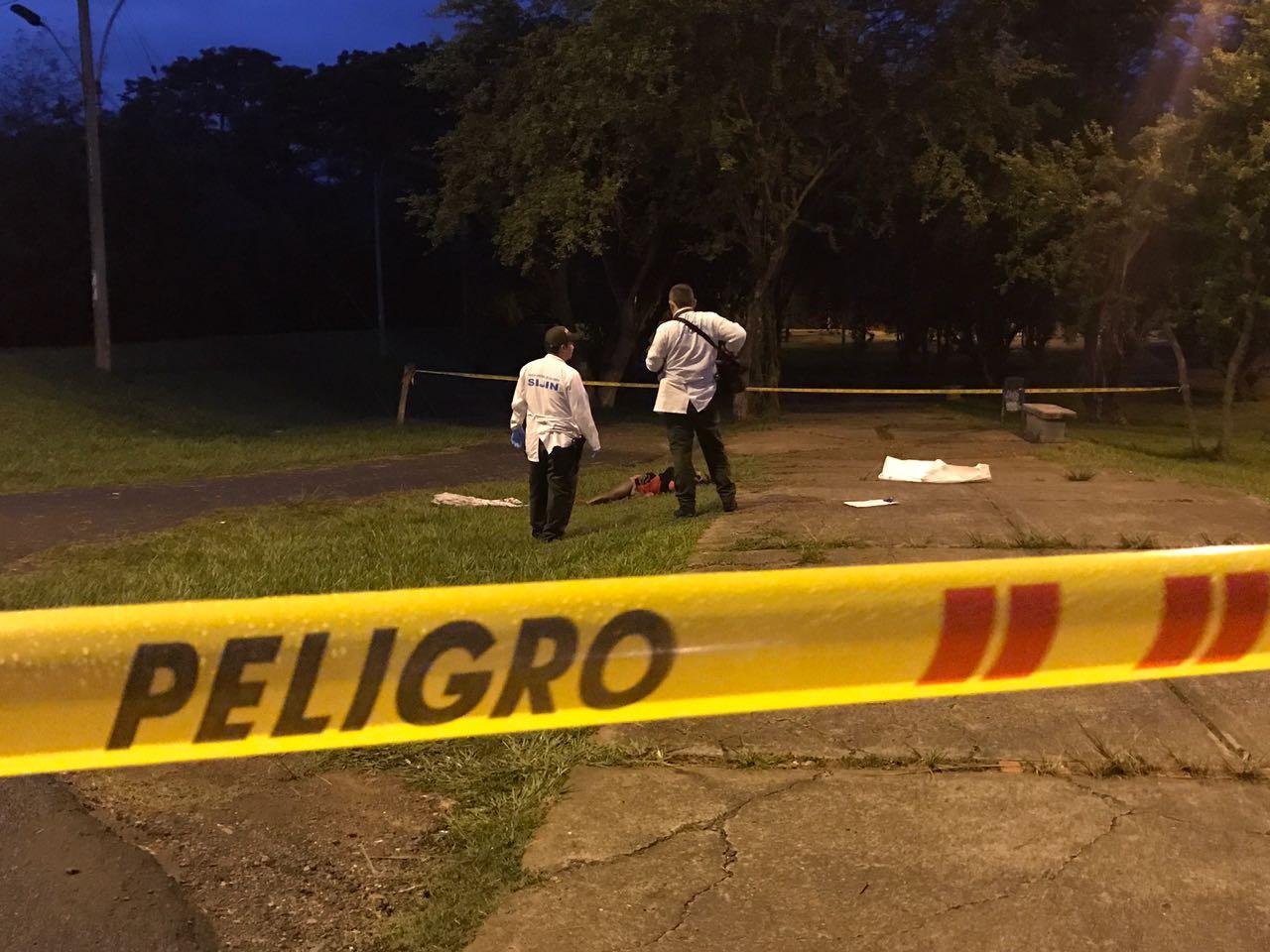 Mujer transgénero fue hallada muerta en un parque al sur de Cali