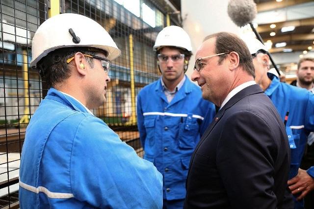Presidente francés llegó al país para para visitar zona veredal del Cauca