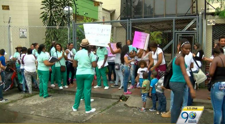 Protestas por reducción de cobertura en centro de desarrollo infantil en Cali