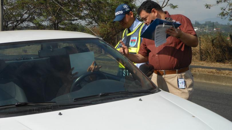 Reajustarán pago de multas a conductores morosos en Cali