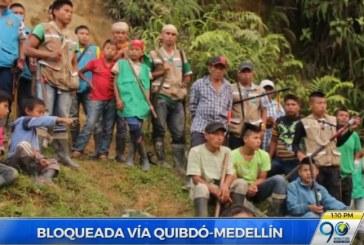 Cientos de afectados deja bloqueo de indígenas en la vía Quibdó – Medellín