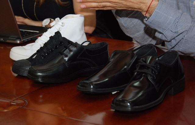 10.000 estudiantes del Valle del Cauca recibirán zapatos escolares