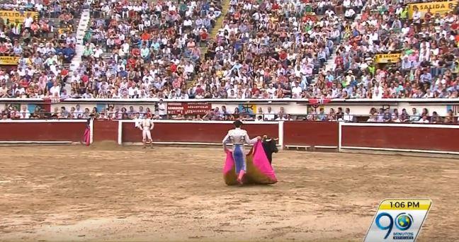 Polémica por decisión de Corte de aplazar fallo sobre corridas de toros