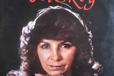 A sus 69 años murió la cantante vallecaucana Vicky