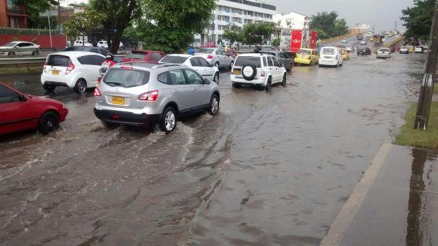 cali-sin-energia-aguacero-martes-inundaciones-01-03-2016