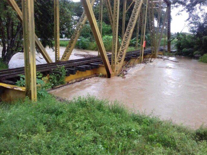Por desbordamientos en ríos, Ideam emitió alerta roja en el Valle