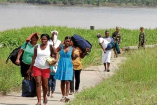 Tras llegada de desplazados desde el Chocó, Valle reclama acción del Gobierno