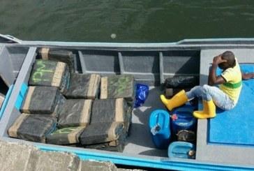 600 kilos de cocaína fueron confiscados en aguas del Pacífico