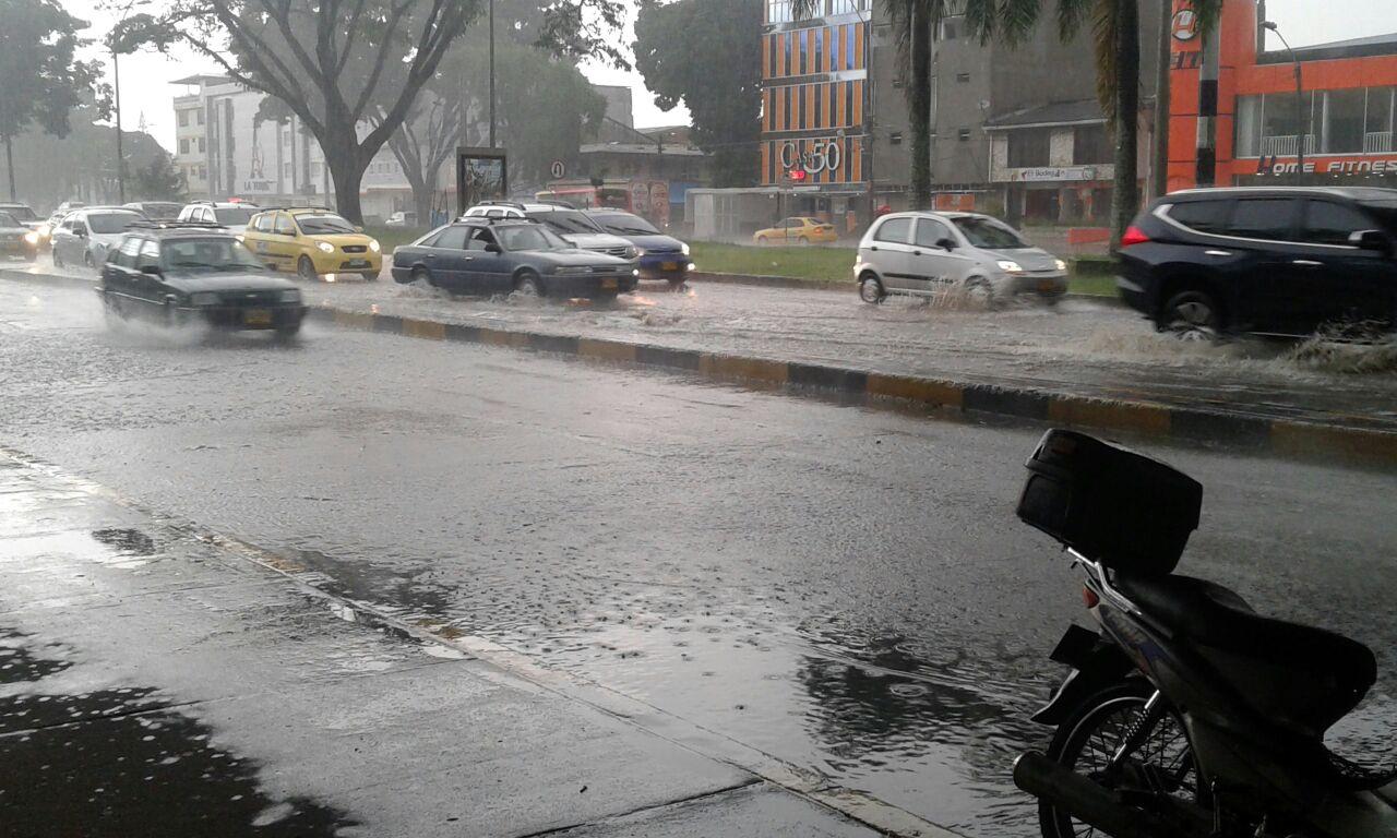 Varios sectores de Cali se quedaron sin energía por la lluvia