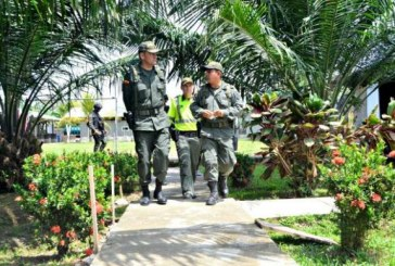 Patrulla policial fue hostigada en la vía Toribio-Caloto
