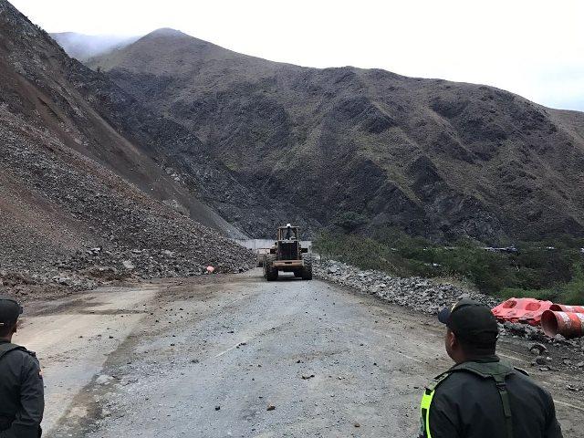 En 20 días se despejaría derrumbe en vía Buga – Buenaventura