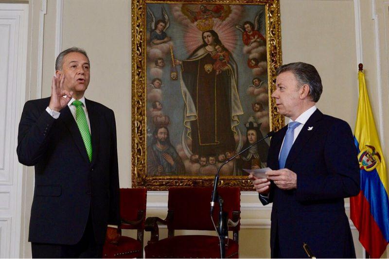 Tomó posesión el general (r) Óscar Naranjo como Vicepresidente de la República