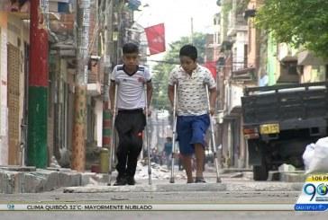 Niños que padecen hemofilia piden ser recibidos en el colegio