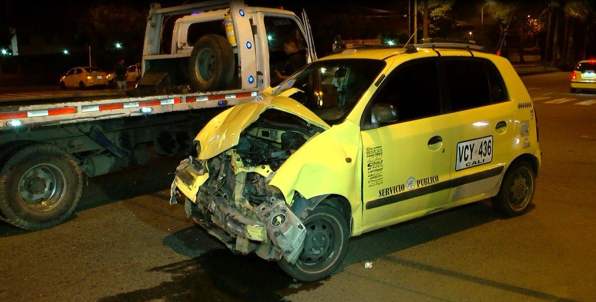 Aparatoso accidente de tránsito dejó cinco heridos en el sur de Cali