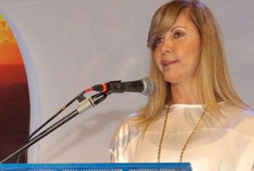 Dilian Francisca Toro rechaza denuncia por presunta corrupción