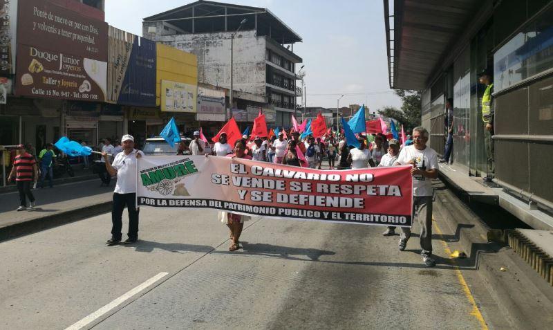 Habitantes del Jarillón y barrios aledaños a San Pascual protestaron en Cali
