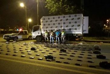 """Incautan 550 kilos de marihuana en camión con supuestas """"ayudas humanitarias"""" a Mocoa"""