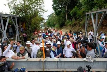 Presidente Santos evaluó obras de reconstrucción en Mocoa tras avalancha