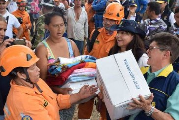 Gobernación y Alcaldía entregaron ayudas humanitarias a damnificados por ola invernal