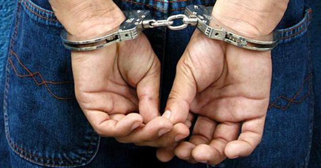 Casa por cárcel para hombre que fue sorprendido golpeando a su pareja en Cali