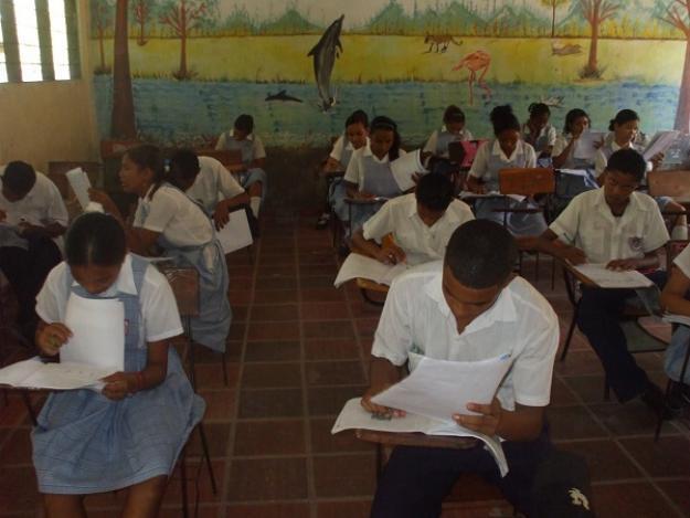 Por falta de docentes, 'pico y placa' en colegio del corregimiento Villacarmelo