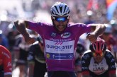 Impresionante Gaviria: ganó su cuarta etapa en el Giro de Italia