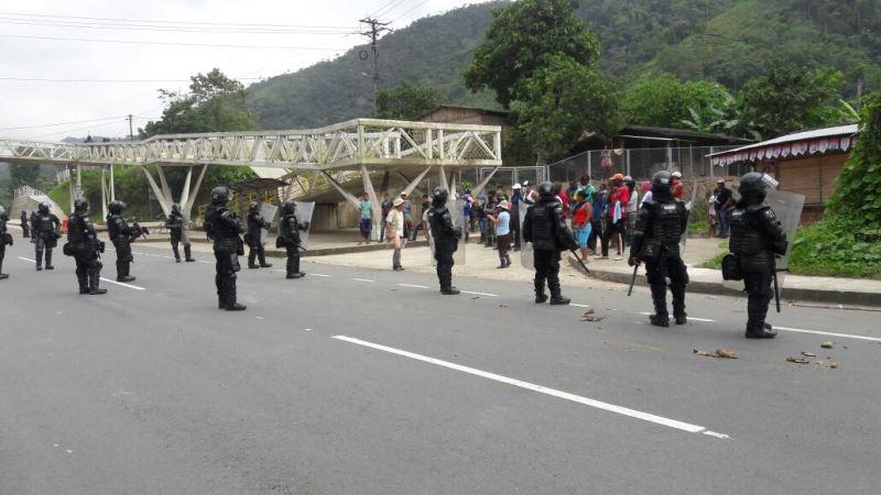 Esmad despejó barricadas del paro cívico en vía La Delfina – Buenaventura