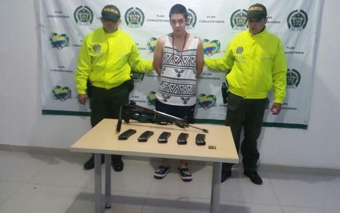 Capturado joven que tenía en su poder fusil de solado asesinado en Zarzal
