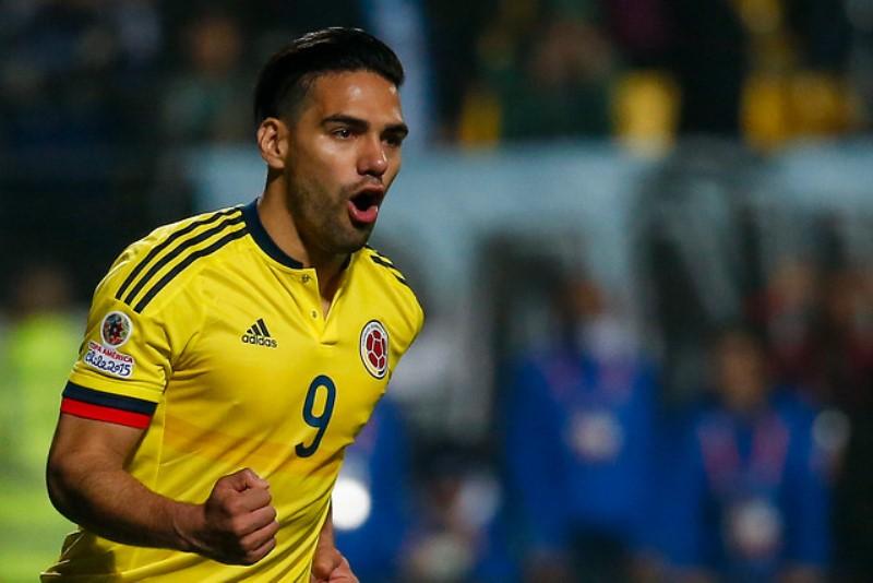 Colombia muy cerca del triunfo, empató 2-2 ante España