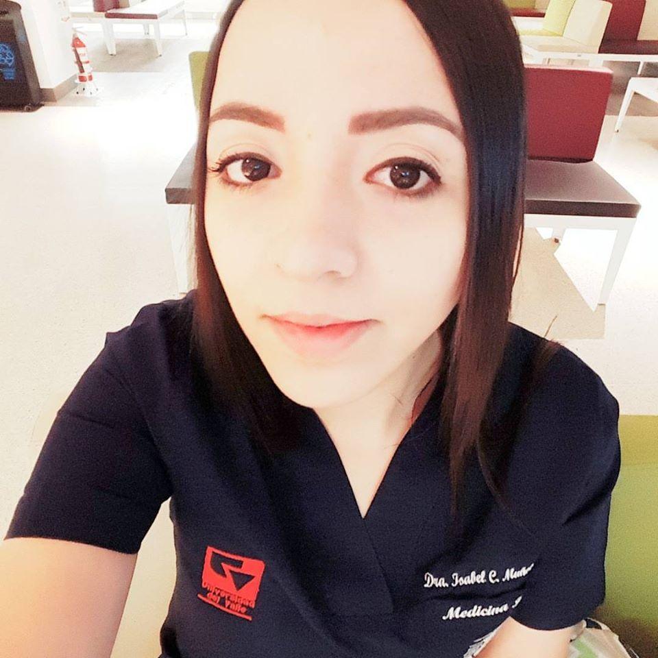 Enfermera cae del sexto piso y mata a doctora