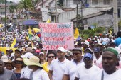 Líderes en Buenaventura analizan propuesta del Gobierno para levantar paro cívico