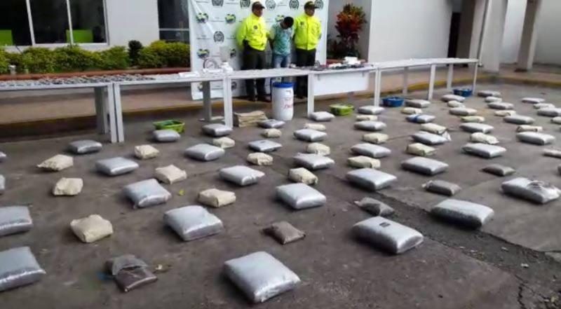 Policía capturó a dos personas e incautó 300.000 dosis de marihuana en Cartago