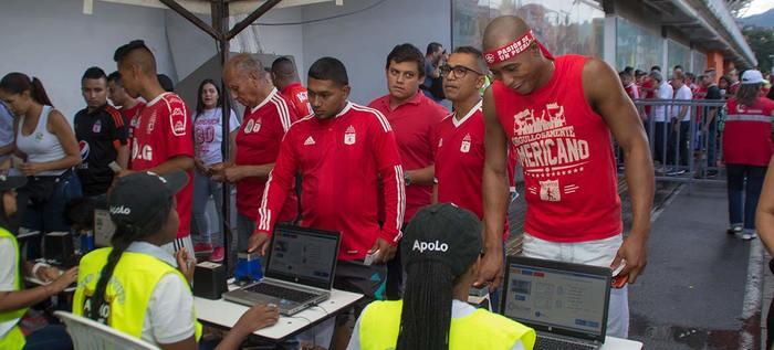 Partido del América de Cali se vivió sin contratiempos y con jornada de 'Fútbol en paz'